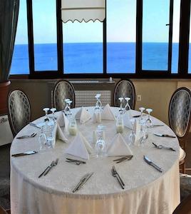 Silivri Selimpaşa Konağı Hotel'de Deniz Manzaralı Kahvaltı Keyfi
